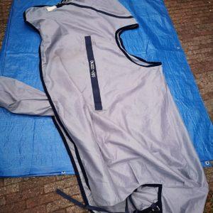 vliegen deken met zadel uitsparing maat 205